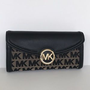 Michael Kors MK Fulton Large Jacquard Wallet